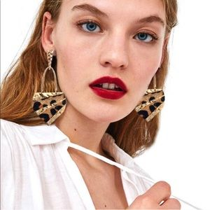 new 2/$35 ⚜️ ZARA Leopard Earrings